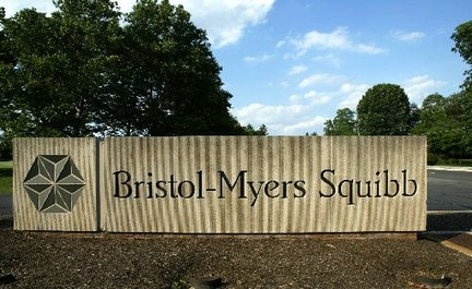 Bristol-Myers to Stop New Antiviral Drug Research