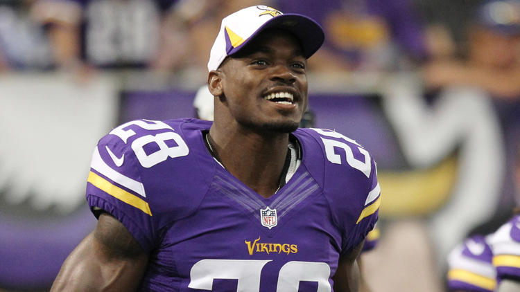 Adrian Peterson Says He is Returning to Minnesota Vikings