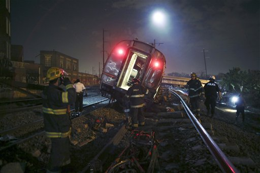 GOP Bill Would Undermine Auto, Rail Safety Regulations