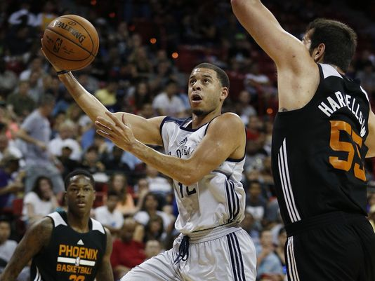 Kings, Seth Curry Agree to 2-Year Contract
