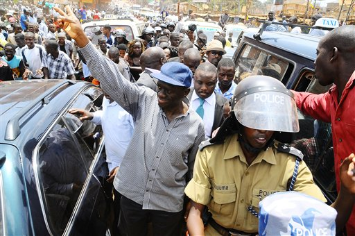 Ugandan Police Detain the President's 2 Top Opponents