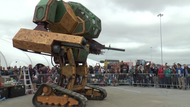 Giant Robots Set to Fight After U.S. Company Issues Video Challenge to Japanese Rival