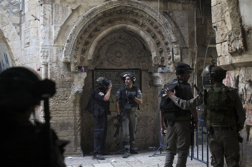 Clashes at Jerusalem Holy Site for Third Straight Day
