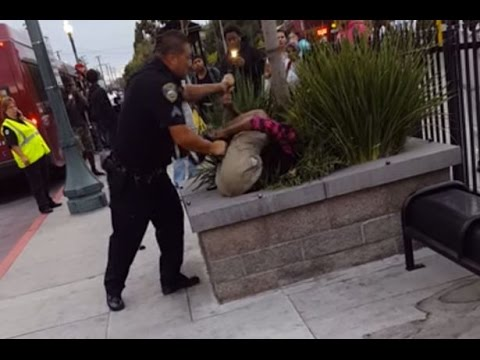 Video Shows Clash Between Officer, Teen in Calif.