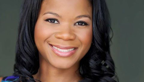 """Rising Public Relations Star Alonda Thomas Encourages Black Millennials to """"Go for It."""""""