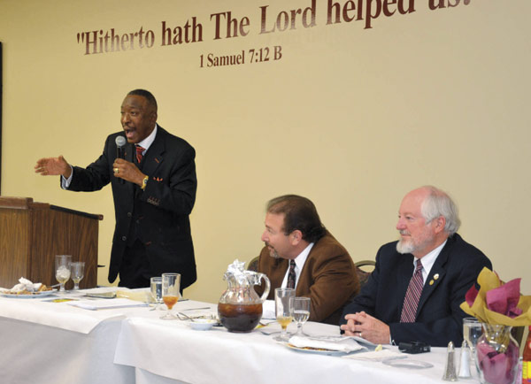 The Rev. Dwight Montgomery, Memphis SCLC President, makes a point within earshot of Lee Millar (right) of the Sons of the Confederacy and Shep Fargotstein (Photo by Tyrone P. Easley)