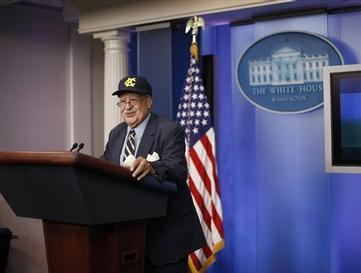 Former baseball player in the Negro League, James Robinson stands at the podium during his visit to the West Wing of the White House in Washington following his meeting with President Barack Obama, Monday, Aug. 5, 2013. White House says Obama invited about a dozen players to the White House to mark their contributions to American history, civil rights and athletics. The players competed for teams like the Philadelphia Stars, New York Black Yankees, Indianapolis Clowns and Boston Blues. (AP Photo/Pablo Martinez Monsivais)