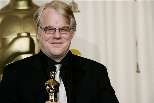 "In a Sunday, March 5, 2006, file photo, actor Philip Seymour Hoffman poses with the Oscar he won for best actor for his work in ""Capote"" at the 78th Academy Awards, in Los Angeles.   Police say  Hoffman has been found dead in his  apartment. Sunday Feb. 2014.  He was 46. (AP Photo/Kevork Djansezian, File)"