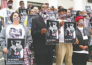 The Florida Rights Restoration Coalition called on Gov. Rick Scott and Florida Cabinet members to restore the civil rights of hundreds of thousands of ex-felons in Florida. (TOM URBAN/NEWS SERVICE OF FLORIDA)