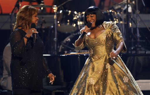 In this Tuesday, June 26, 2007, file photo, Gladys Knight, left, and Patti LaBelle perform during the Gerald Levert Tribute at the 7th annual BET Awards in Los Angeles.  Producers of the show that celebrates Duke Ellington's years at the Cotton Club say that Patti LaBelle, Gladys Knight and Natalie Cole will take turns as special guest stars during the summer of 2104. (AP Photo/Kevork Djansezian, File)