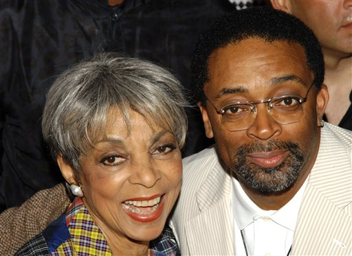 """In this June 29, 2009 file photo, actress Ruby Dee, left, and director Spike Lee attend a special 20th anniversary screening of """"Do the Right Thing,"""" in New York. Dee, an acclaimed actor and civil rights activist whose versatile career spanned stage, radio television and film, has died at age 91, according to her daughter. Nora Davis Day told The Associated Press on Thursday, June 12, 2014, that her mother died at home at New Rochelle, New York, on Wednesday night.  (AP Photo/Peter Kramer, file)"""