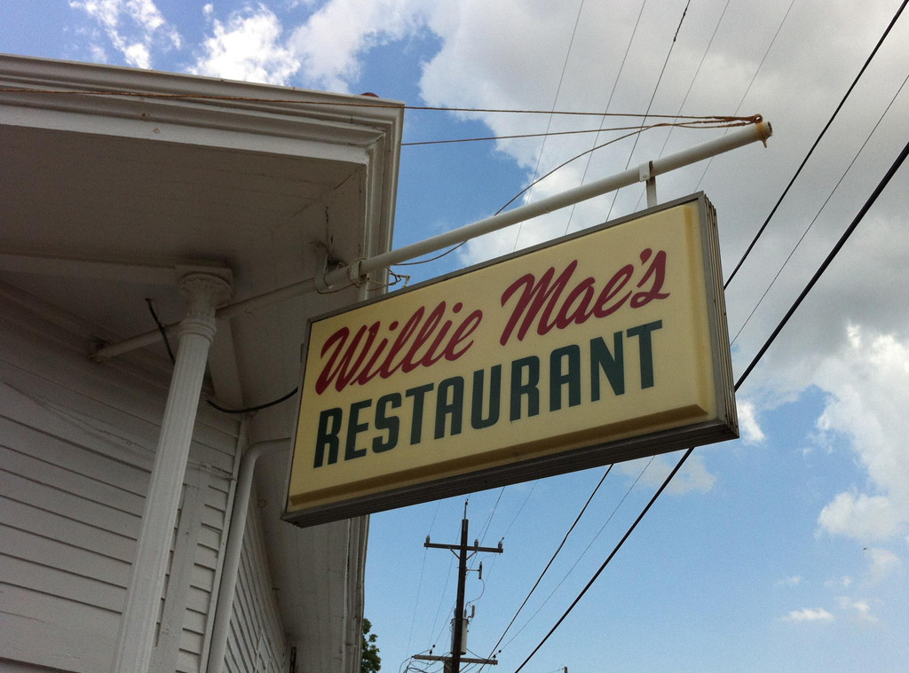 Willie Mae's Scotch House (Courtesy of Facebook)