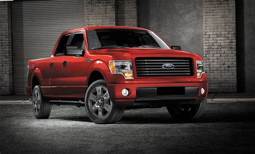 This undated file image provided by Ford shows the 2014 Ford F-150 STX SuperCrew truck. Ford on Tuesday, Nov. 4, 2014 announced it is recalling more than 202,000 vehicles in North America, including about 135,000 F-150 pickups and Ford Flex family haulers from the 2014 model year, to fix gas leaks, air bag sensors, stalling and other issues. (AP Photo/Ford, File)