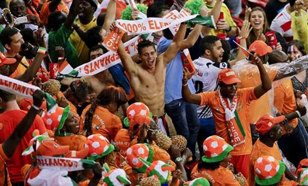 Ivory Coast fans during a match of the 2014 World Cup in Brazil (AP Photo)