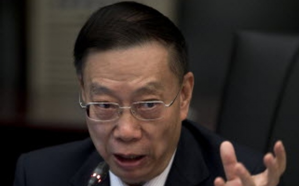 Former deputy health minister Huang Jiefu speaks during a press conference on China's human organ transplant system at the Health Ministry office in Beijing. (Andy Wong/AP)