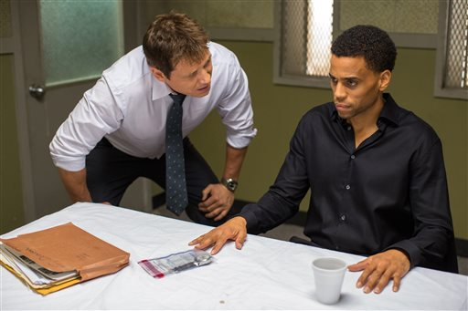 """In this photo provided by Sony/Screen Gems, Holt McCallany, left, as Detective Hansen, interogates Michael Ealy as Carter in Screen Gems' """"The Perfect Guy."""" (Dan McFadden/Sony/Screen Gems via AP)"""