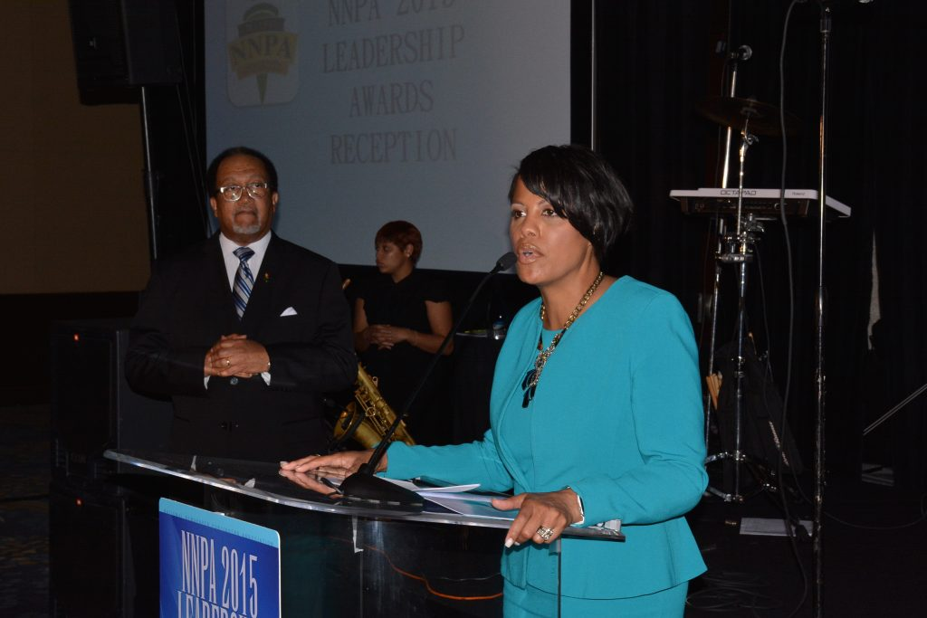 At the 2015 NNPA Leadership Awards reception, Baltimore Mayor Stephanie Rawlings-Blake thanks the Black Press for its fair coverage of the Baltimore protests. (Roy Lewis/The Washington Informer)