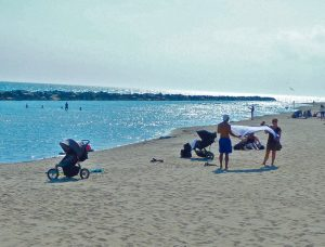 Toronto Islands — The Beach Scene (Photo by Dwight Brown)
