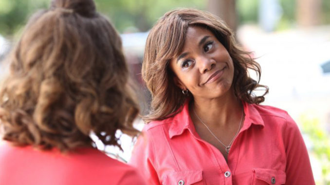 Regina Hall stars in Support the Girls.
