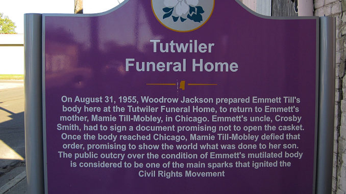 Marker in Front of Tutwiler Funeral Home, Photo: Thomas R Machnitzki (thomas@machnitzki.com)/Wikimedia Commons
