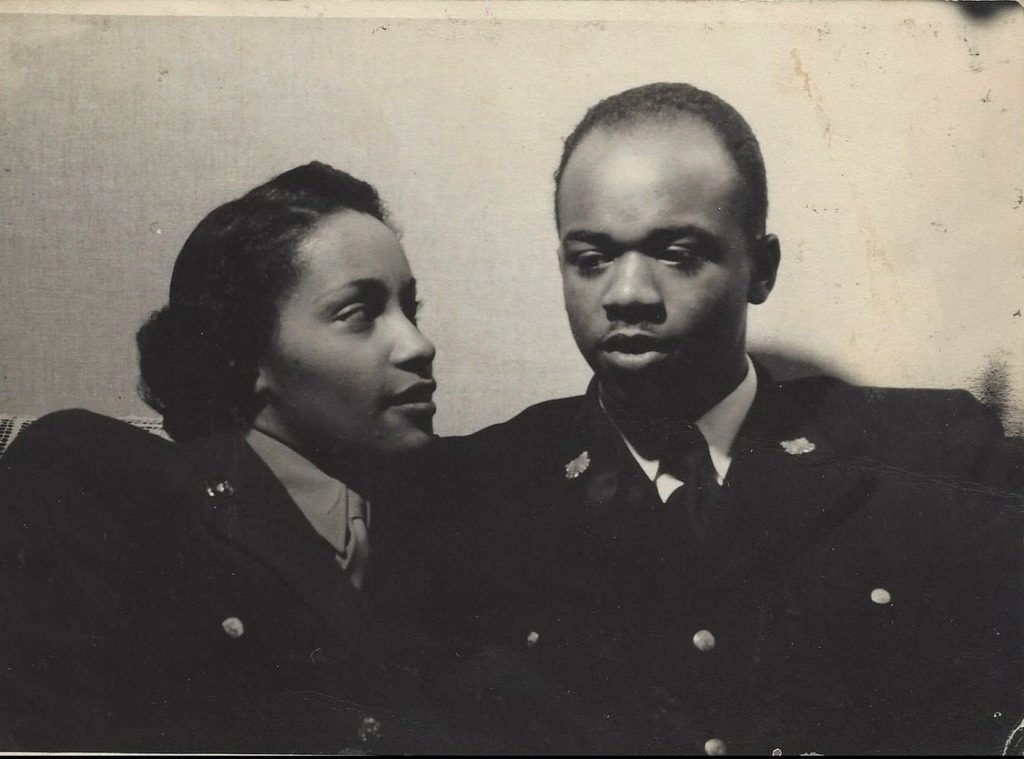 Vashti Murphy Matthews, Robert William Matthews III (US Coast Guard, WWII)