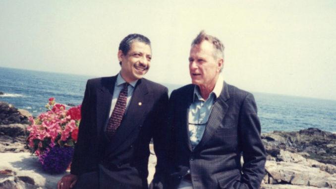 (l-r) Robert Goodwin and George Bush