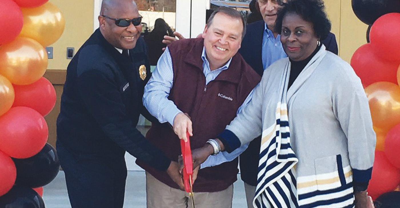 Fire Chief Middleton, Alderman Tony Thomas and Mayor Pro-Tem Carol Bell