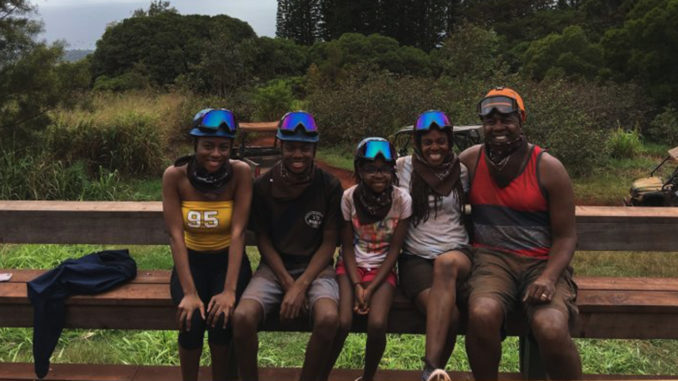 (l-r) Chase, Dylan, Peyton, Lindy and Anton Vincent enjoying Maui, Hawaii, March 2017 during spring break. Photo courtesy of Lindy Vincent