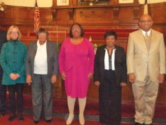 NAACP Executive Committee Sworn In (Photo by: savannahtribune.com)