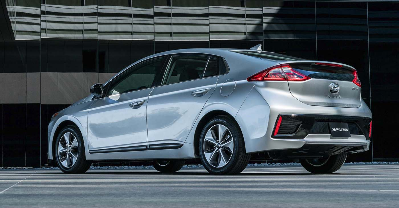 The IONIQ Electric Limited was additionally enhanced with Blue Link Connected Services and Blue Link Connected Care. For safety and convenience Hyundai empowered the EV with Smart Cruise Control featuring start/stop technology, a proximity key and push button starter, Vehicle Stability Management, Lane Keep Assist System and Automatic Emergency Braking to name a few.