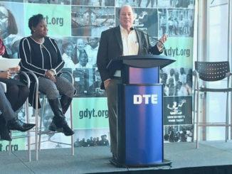 Detroit Mayor Mike Duggan speaking at the podium. (Photo by: michronicleonline.com)