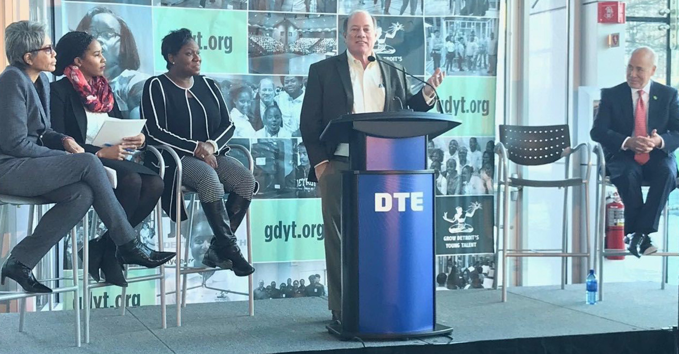 Detroit Mayor Mike Duggan speaking at the podium. (Photo by: michronicleonline.com)