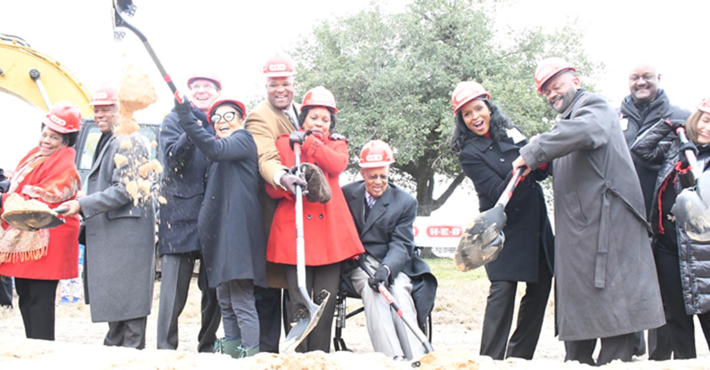 Several dignitaries and H-E-B executives took part in the groundbreaking of the new H-E-B MacGregor Market including those pictured: Congresswoman Sheila Jackson Lee; Mayor Sylvester Turner; H-E-B Houston President Scott McClelland; Kathy Griffin; Council Member Dwight Boykins and wife Genora Boykins; Rev. William A. Lawson; Winell Herron, H-E-B Group VP for Public Affairs, Diversity and Environmental Affairs; Terry Williams, H-E-B Regional Vice President; James Harris, Director, Diversity & Inclusion and Supplier Diversity; and Lisa Helfman, H-E-B Houston Director of Real Estate. Photo by Jared R. Gilmore of J. Raphael's Photography