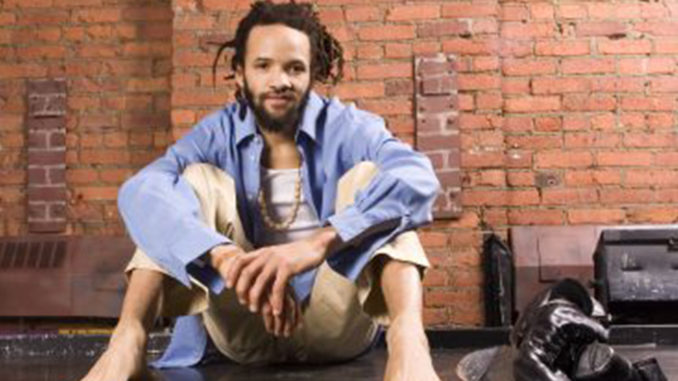 Savion Glover (Photo by: michronicleonline.com)
