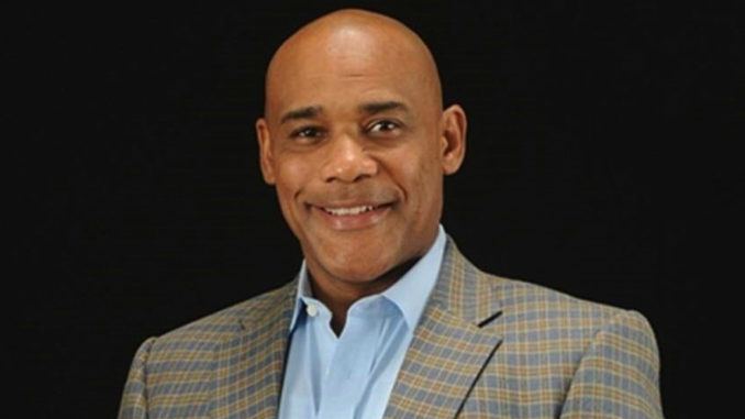 Derrick Hollie is the founder of Reaching America, which addresses complex social issues impacting African American communities today. These issues include Energy Poverty, Education, Justice Reform, Occupational Licensing and Free Speech.