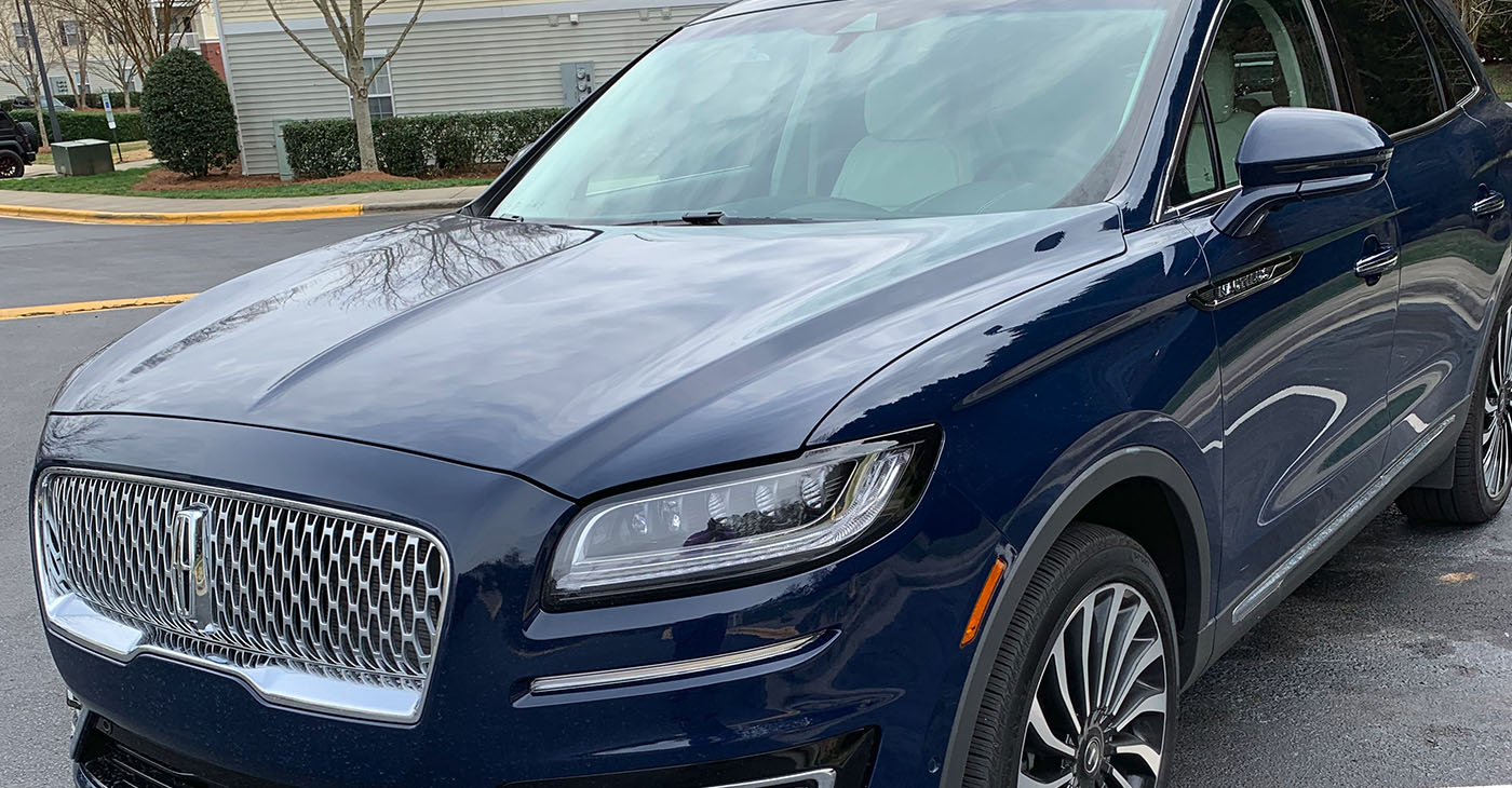 The Nautilus does not scream at you but instead exudes an upscale, luxurious look. It has the corporate face shared by the Continental and Navigator, but for me seems to make the best use of the face.