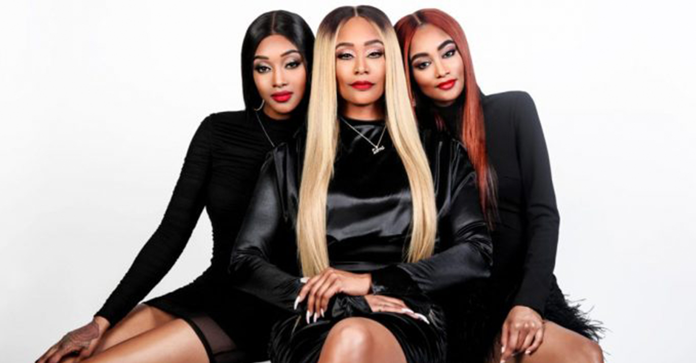 (l-r) Jazz Anderson, Tami Roman and Lyric Anderson.