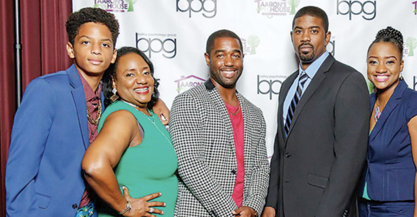(l-r) Gabriel Robinson, (Aaron Robinson's son), Pamela Robinson, Tony Gaskings Jr., Dr. Vashaun Williams, and Donna Robinson, Pamela's daughter
